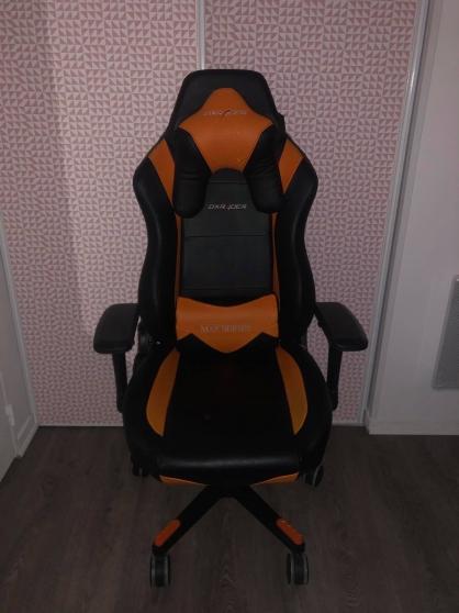 Annonce occasion, vente ou achat 'Chaise gaming DXRacer de bureau'