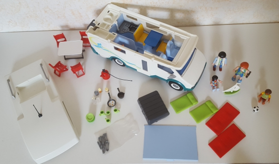 Playmobil 6671 - Famille - camping car - Photo 4