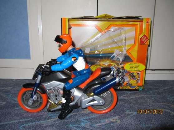 moto action man turbo bike paris jouets jeux divers enfants jouets paris reference jou. Black Bedroom Furniture Sets. Home Design Ideas