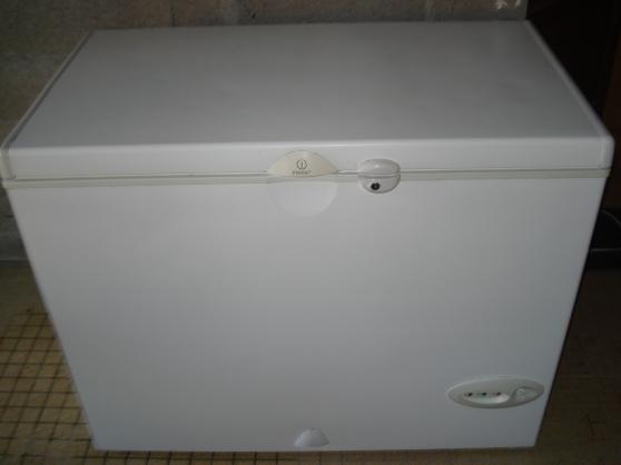 cong lateur coffre ind sit 223l de 2007 bourgneuf en retz electrom nager cong lateur. Black Bedroom Furniture Sets. Home Design Ideas