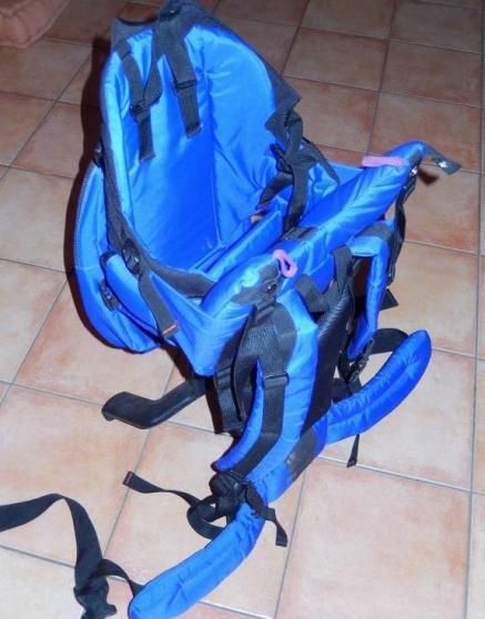 Porte bébé dorsal Evenflo bleu - Photo 4