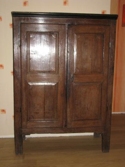 armoire ancienne à neufchâteau - Annonce gratuite marche.fr