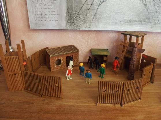 Annonce occasion, vente ou achat 'Playmobil en bois Ford Wells FargoandCo'
