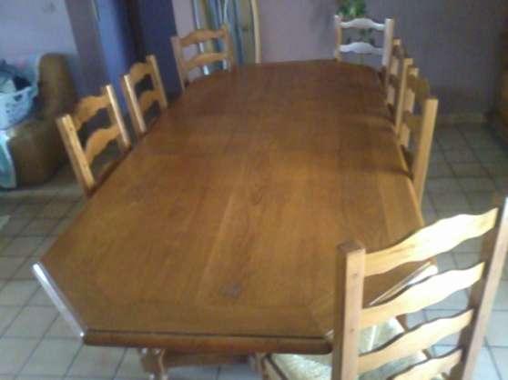 meuble table et 8 chaises