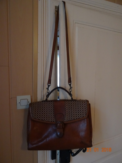 Sac cartable en cuir