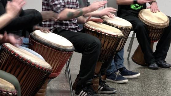 Annonce occasion, vente ou achat 'Donne cours de percussion, Djembé'