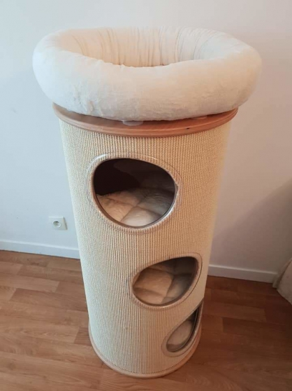 arbre à chats neuf