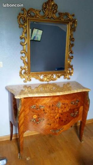 Chambre en bois de rose - 10 pièces