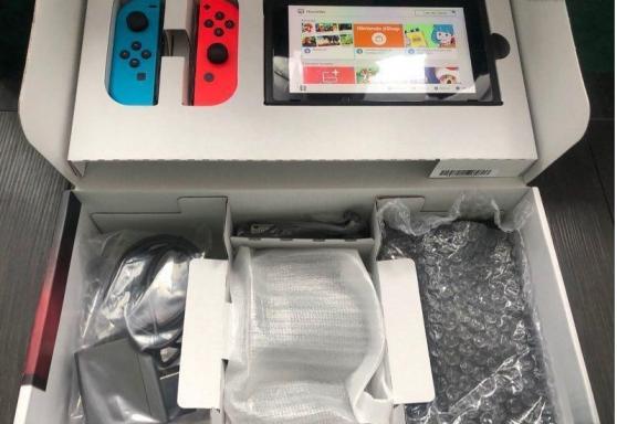 Console Nintendo Switch super état neuf