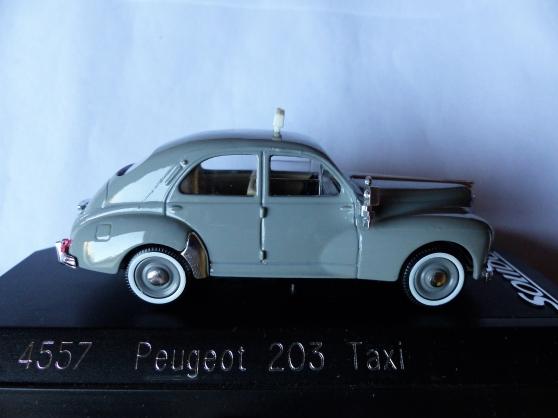 Annonce occasion, vente ou achat '2 miniatures SOLIDO 1/43ème PEUGEOT'