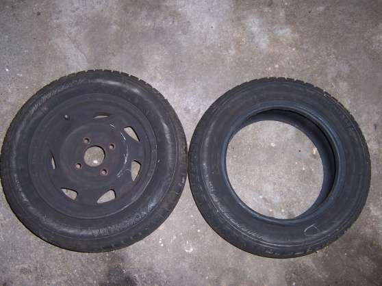 Vends 1 roue hiver complète 165/65 R13