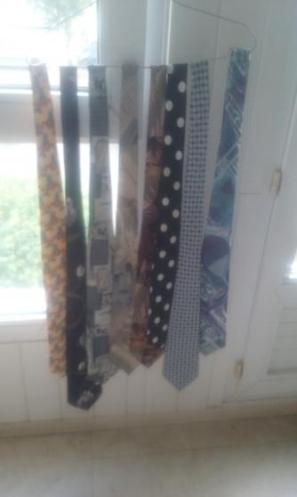 les 8 cravates - Annonce gratuite marche.fr