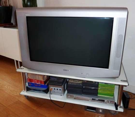 TV 83cm. 100Hz. Sony Trinitron WEGA. CR