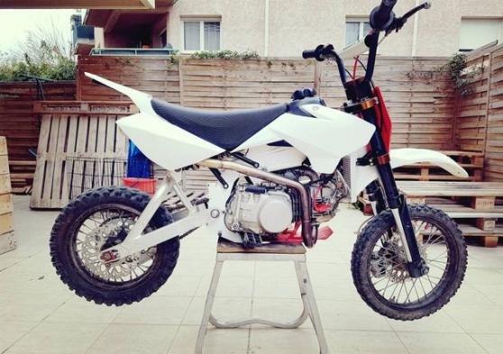 Annonce occasion, vente ou achat 'Dirt Bike 125 YCF'