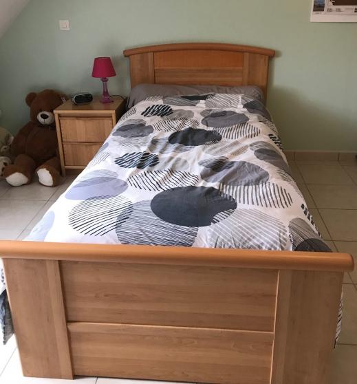 Annonce occasion, vente ou achat 'Vends chambre enf. / ado meuble gautier'