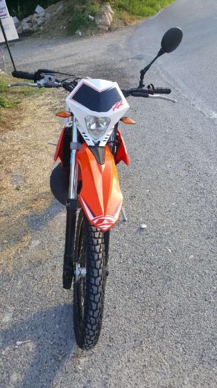 Moto Beta 50 enduro sport rouge