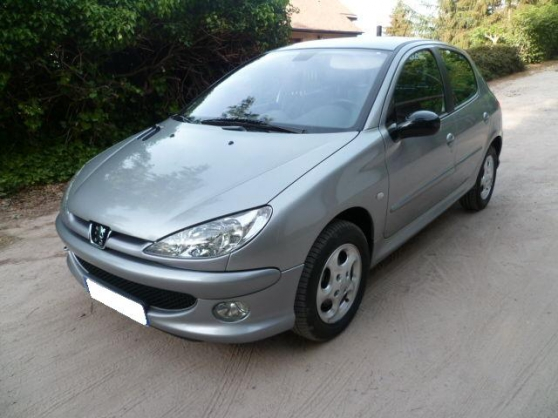 Superbe Peugeot 206 2.0 HDI Griffe 5p