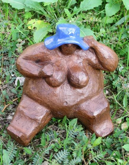 Sculpture céramique « Femme Assise » - Photo 2