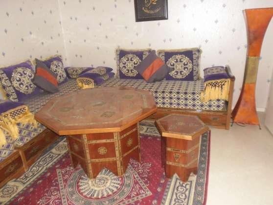 annonces table de salon marocain table de lit. Black Bedroom Furniture Sets. Home Design Ideas