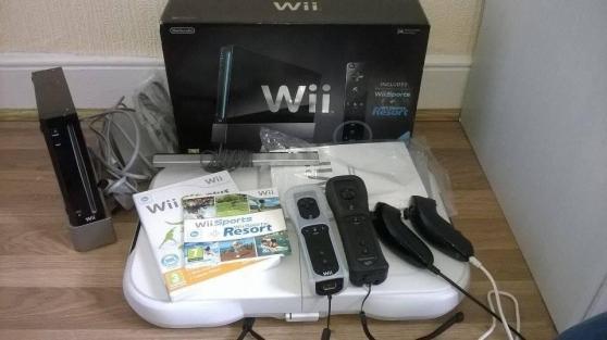 Console Wii noire + les jeux Wii Sports