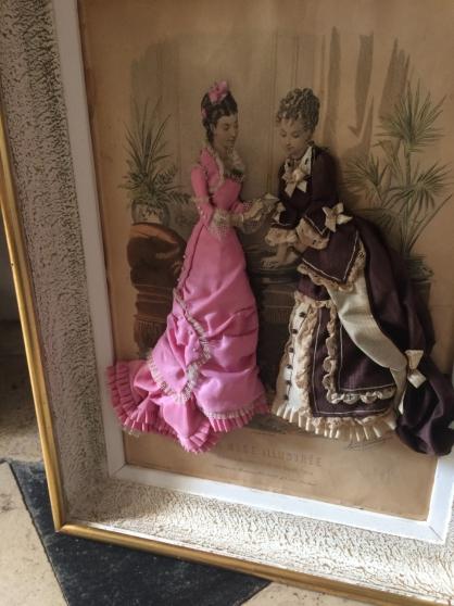Annonce occasion, vente ou achat 'antiquitée la mode se 1871 en relief'