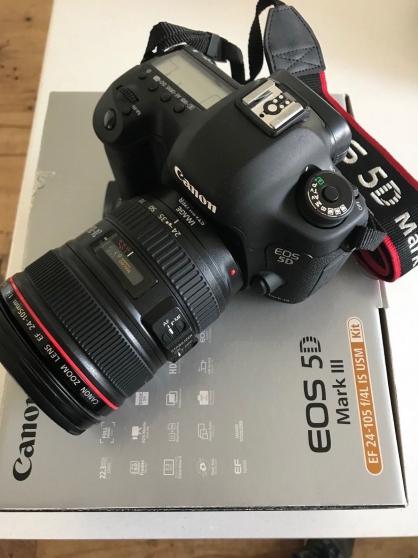 Canon EOS 5D Mark III W/ 24mm-105 lens