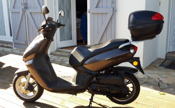 Annonce occasion, vente ou achat 'Scooter Peugeot Kisbee 2T'