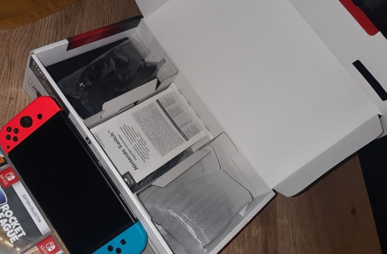 Annonce occasion, vente ou achat 'Nintendo Switch + 4 jeux'