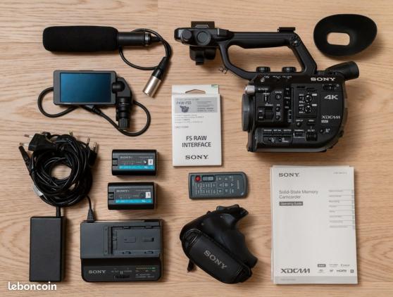 Annonce occasion, vente ou achat 'Sony PXW FS5 RAW 4K + micro canon Sony E'