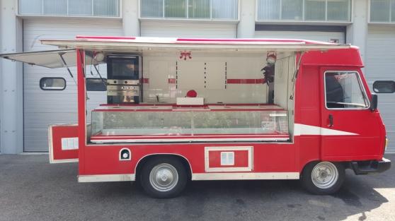 Annonce occasion, vente ou achat 'CAMION PIZZA SNACK PEUGEOT J9 VASP'