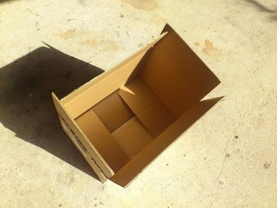 cartons de demenagements mat riaux de construction cartons caisses de d m nagement six fours. Black Bedroom Furniture Sets. Home Design Ideas