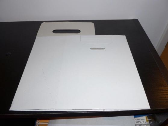 Emballage carton blanc brillant
