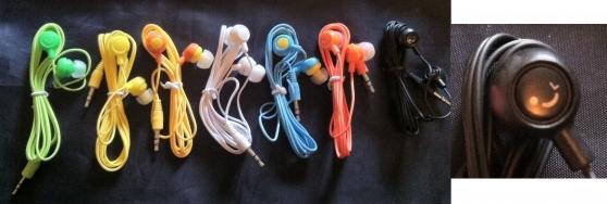 Lot Ecouteurs pour appareils mobiles