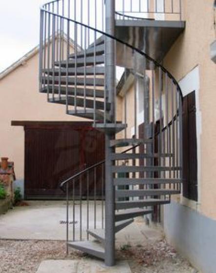 Annonce occasion, vente ou achat 'Escalier colimaçon galvanisé'