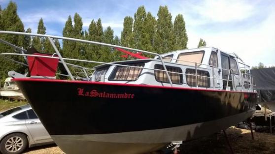 bateau vedette habitable - Annonce gratuite marche.fr