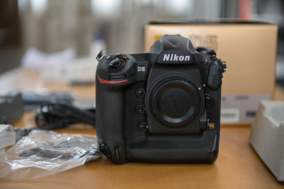 Boitier Reflex Nikon D5 nu comme Neuf
