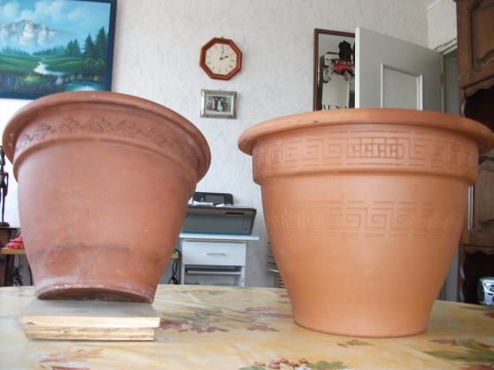 Lot de 2 pots en terre cuite