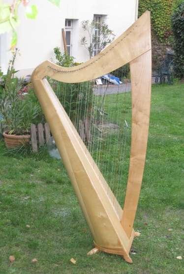 Vend harpe stivell cordes boyaux