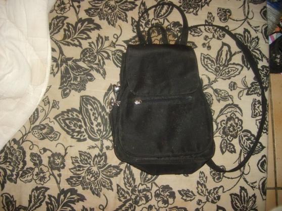 Annonce occasion, vente ou achat 'sac a dos pour petite fille'