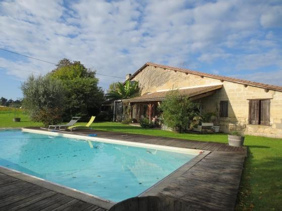 Annonce occasion, vente ou achat 'colocation300m2, piscine,20 min bordeaux'