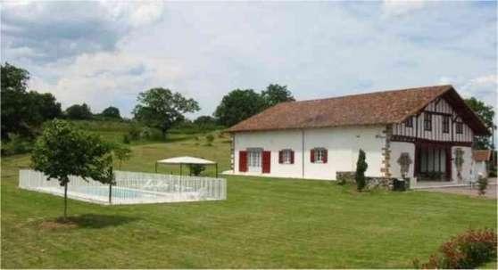 Location au Pays Basque de 2 à 18 person