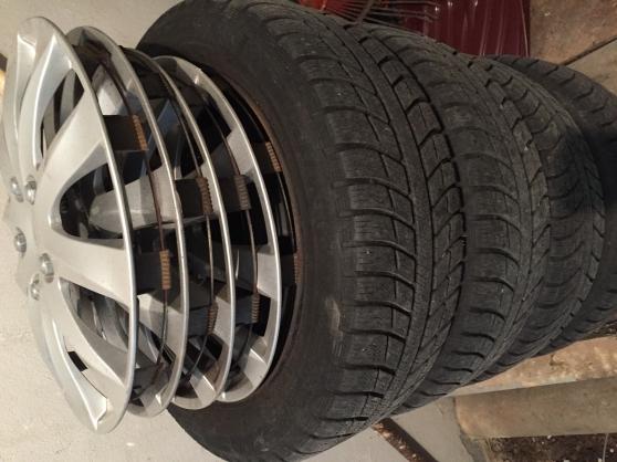 4 pneus Michelin Alpin195/55R16 4 jantes