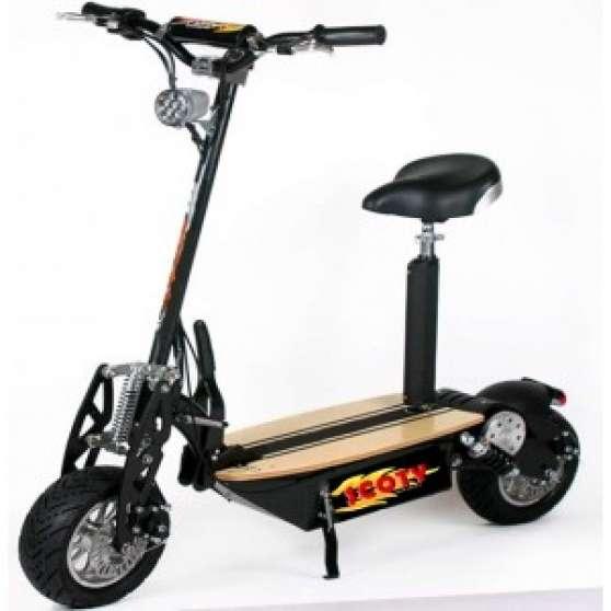 trottinette electrique scoty 1800w moto scooter v lo moto scooter v lo divers nice. Black Bedroom Furniture Sets. Home Design Ideas