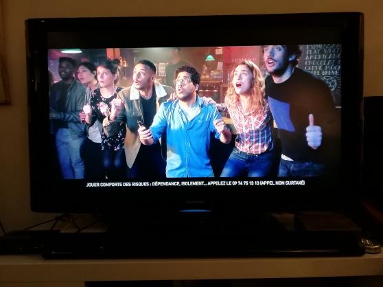 Téléviseur Samsung LCD 46 pouces + barre