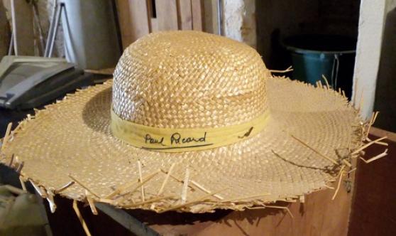 Annonce occasion, vente ou achat 'Chapeau en paille PAUL RICARD'