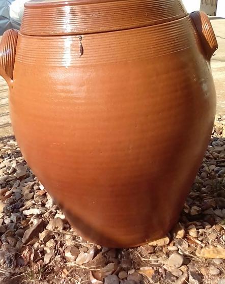 Annonce occasion, vente ou achat 'Pot en grès a oreilles rasantes, saloir,'