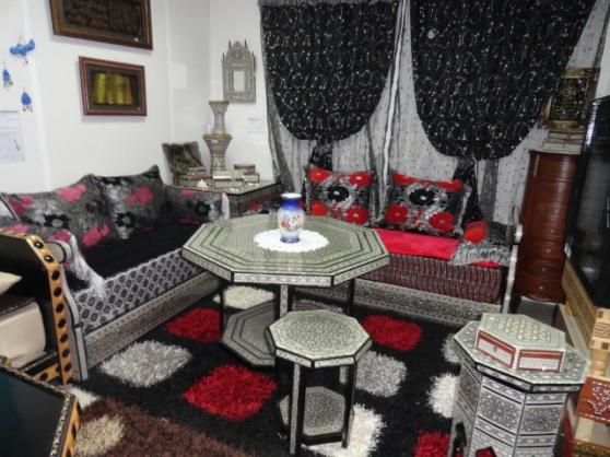 Salon marocain nacre noir orly meubles d coration for Salon marocain orly