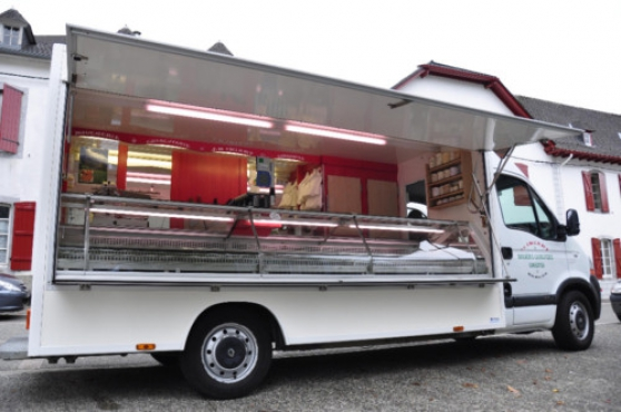 Annonce occasion, vente ou achat 'CAMION MASTER DCI 120 CV MAGASIN BOUCHE'