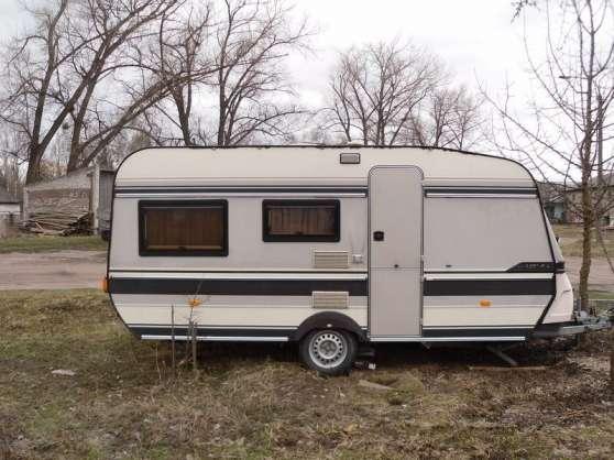 Caravane hobby 1989 caravanes camping car caravanes for Caravane chambre 19 meubles