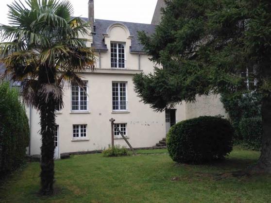 Au cœur Coutances F3 66 m2 jardin garage